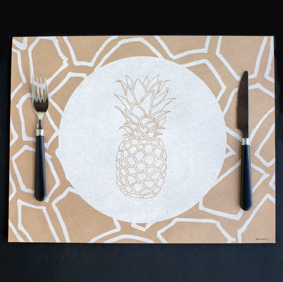 pineapple, place mat, table settings, welcome , hospitality, table scales, disposable place mats